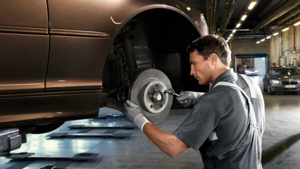 Brake discs and brake pads incl. Genuine BMW Parts